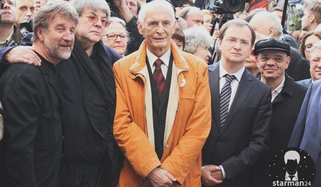 В Москве открыли памятник Евгению Вахтангову