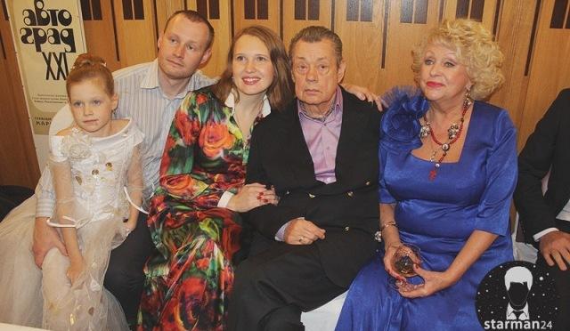 В «Ленкоме» отметили юбилей Николая Караченцова
