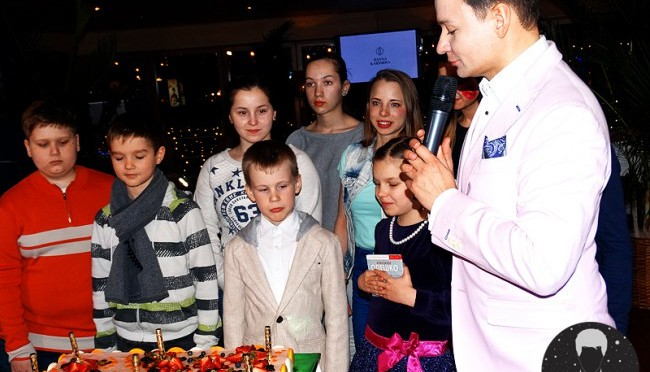 Александр Олешко представил два музыкальных альбома