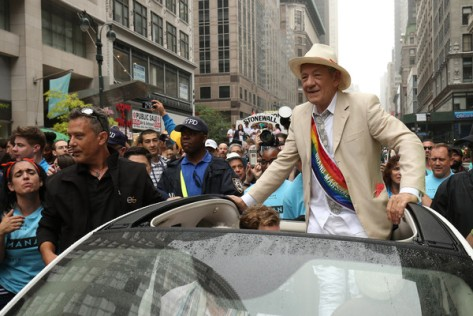 Ian+McKellen+New+York+City+Pride+2015+oGsxaIRRH2dl