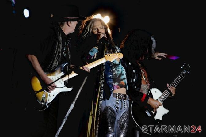 «Aerosmith» зажгли в день рождения Москвы