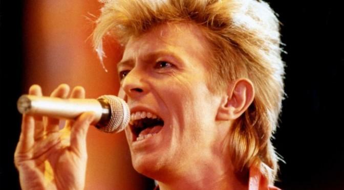 Дэвид Боуи стал самым популярным музыкантом в Великобритании