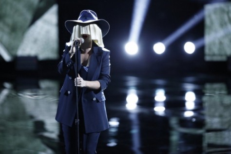 sia-performs-elastic-heart-on-the-voice