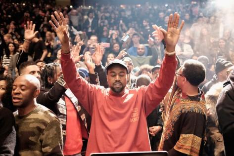 Kanye+West+Kanye+West+Yeezy+Season+3+Runway+TeQpWBZclRnl
