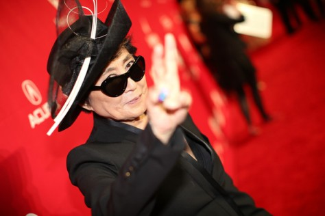 Yoko+Ono+2014+MusiCares+Person+Year+Honoring+MToNzGw-P_7l