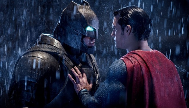 НОВОЕ КИНО: «Бэтмен против Супермена»