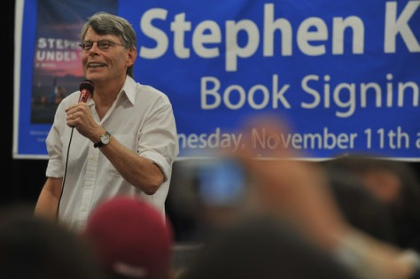 Stephen+King+Stephen+King+Promotes+Under+Dome+unYifFM1w5Gl