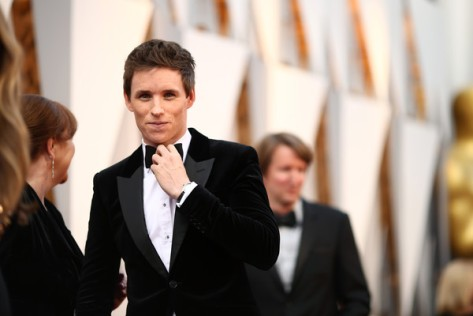 Eddie+Redmayne+2016+Oscars+Red+Carpet+Photo+0CCbQ4K48iQl
