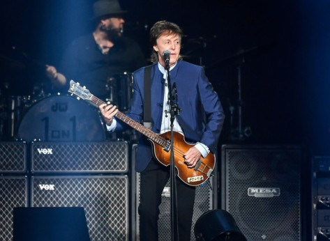 Paul+McCartney+Paul+McCartney+Performs+Save+RU2Ok4LhTEvl