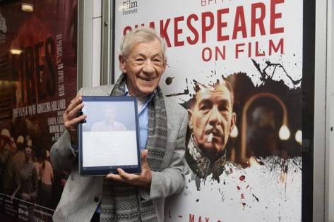Ian+McKellen+British+Actor+Ian+McKellen+Speaks+4JDZlCvlRjfl