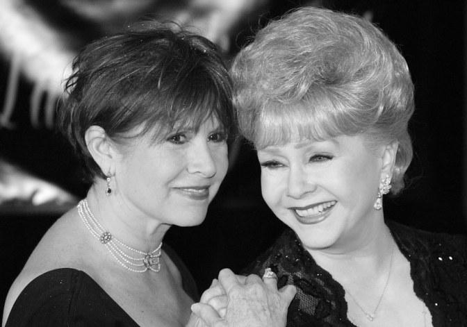 Актриса Дэбби Рейнольдс умерла спустя сутки после дочери
