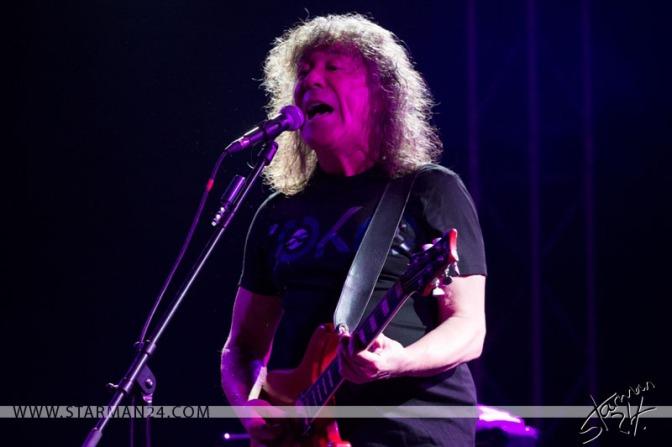 Владимир Кузьмин даст большой весенний концерт в Известия Hall