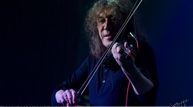 Владимир Кузьмин представит «Мне одиноко, детка» на большом весеннем концерте