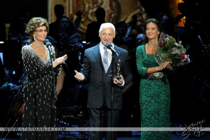 Софи Лорен и Николь Шерзингер представили в Москве новую премию