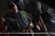 Одед Фер на съемках фильма «Оракул: Игра втемную»