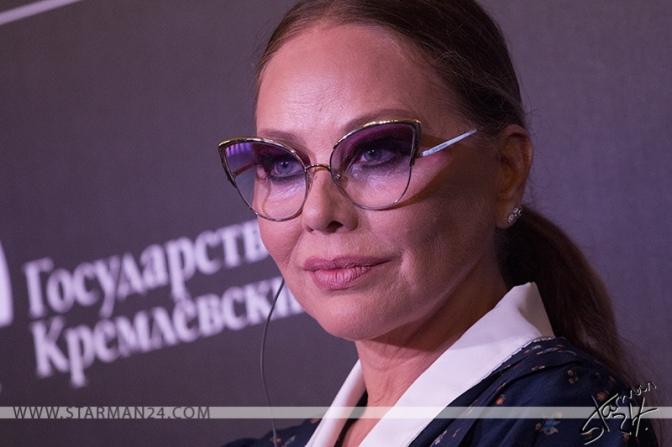 Орнелла Мути представила в Москве «Хрустальный дворец»