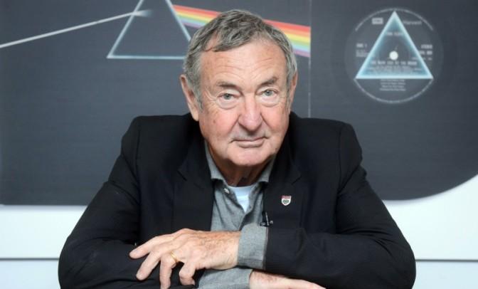 Основатель «Pink Floyd» стал командором Британской империи